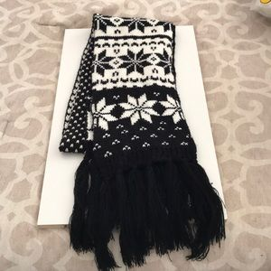 Accessories - SALE 5/$15 Long warm Scarf